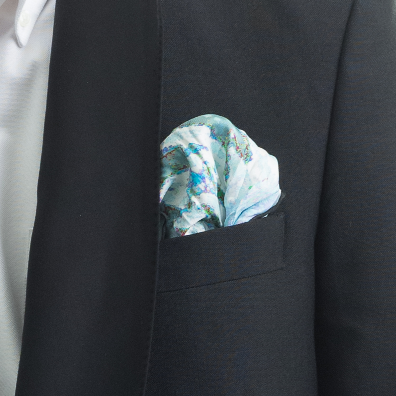 'PLANTING IN DRIFTS VI' SILK TWILL POCKET SQUARE, DETAIL