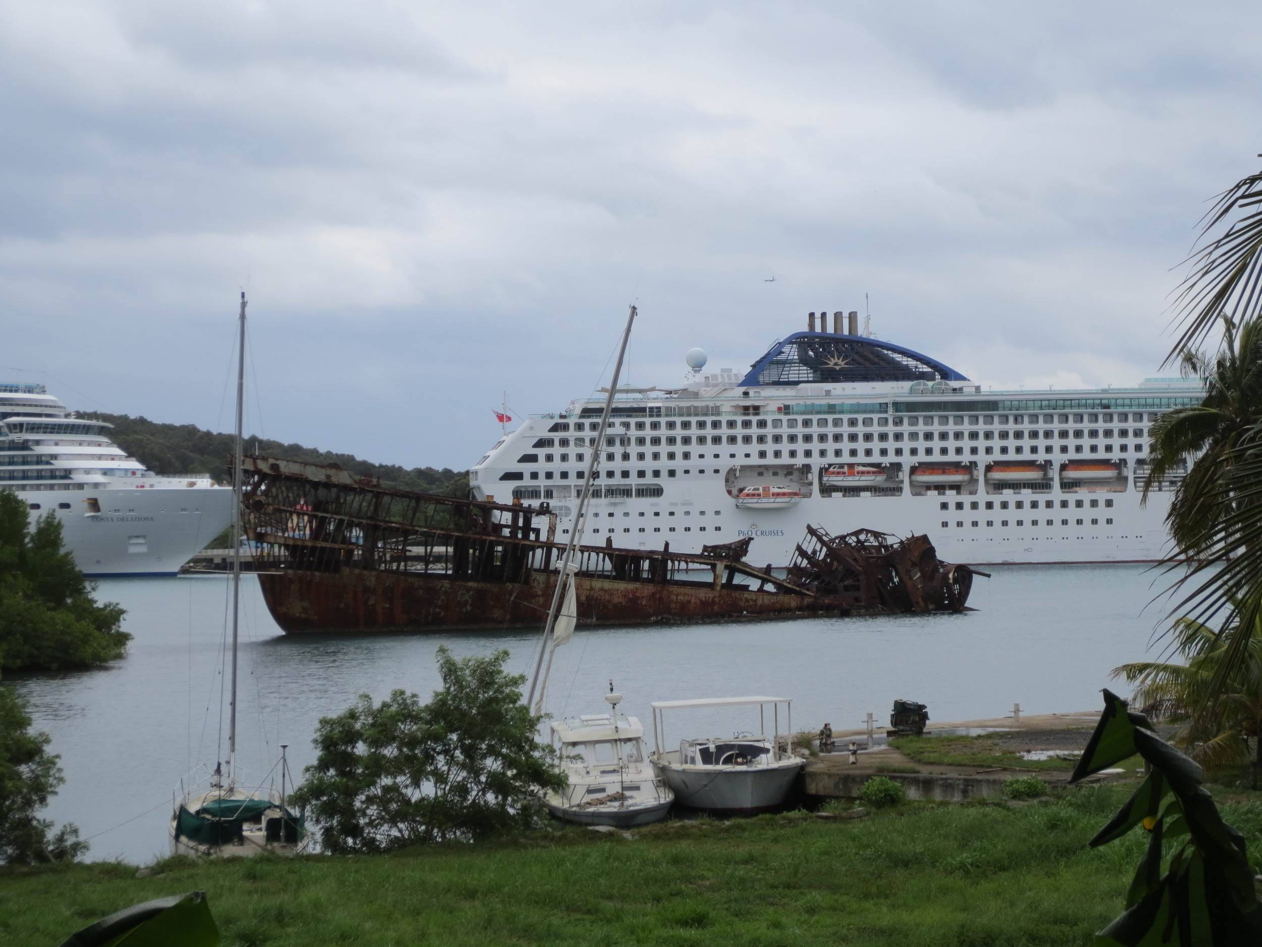 Iconic wreck in Roatan's Mahogany Bay