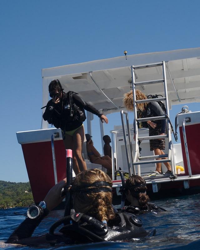 Giant stride off the Delfin III