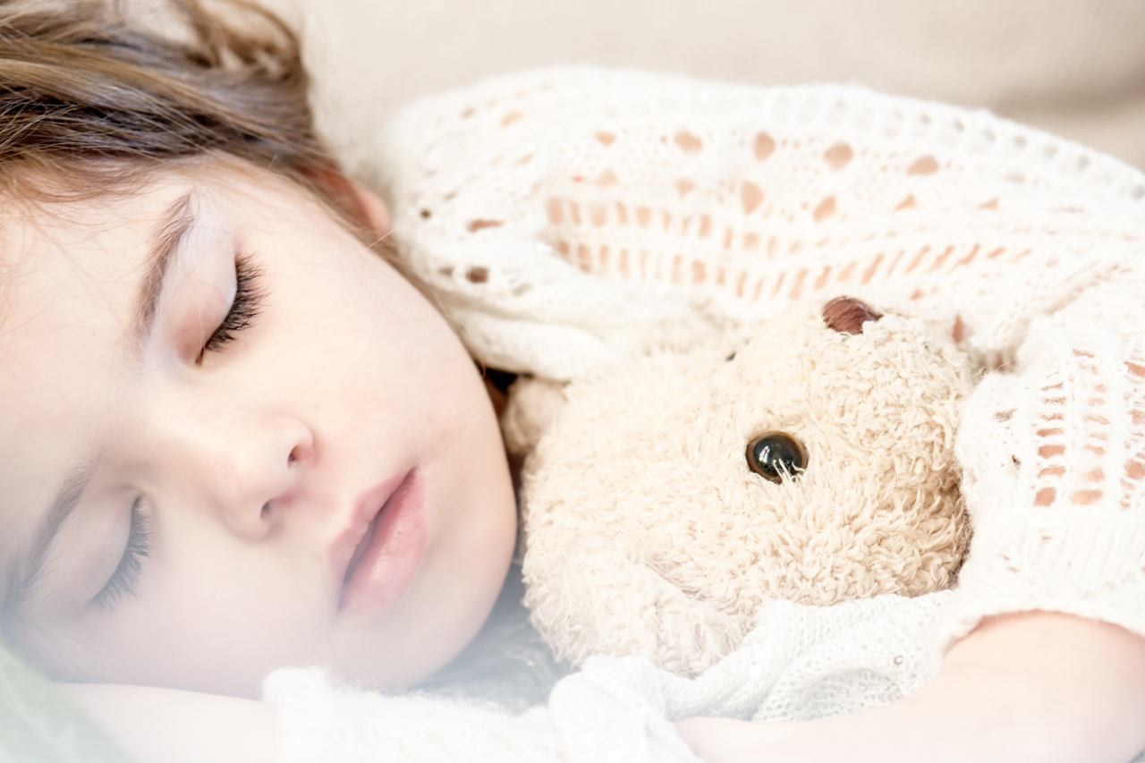Most school age children need 9-11 hours of sleep according to the National Sleep Foundation.
