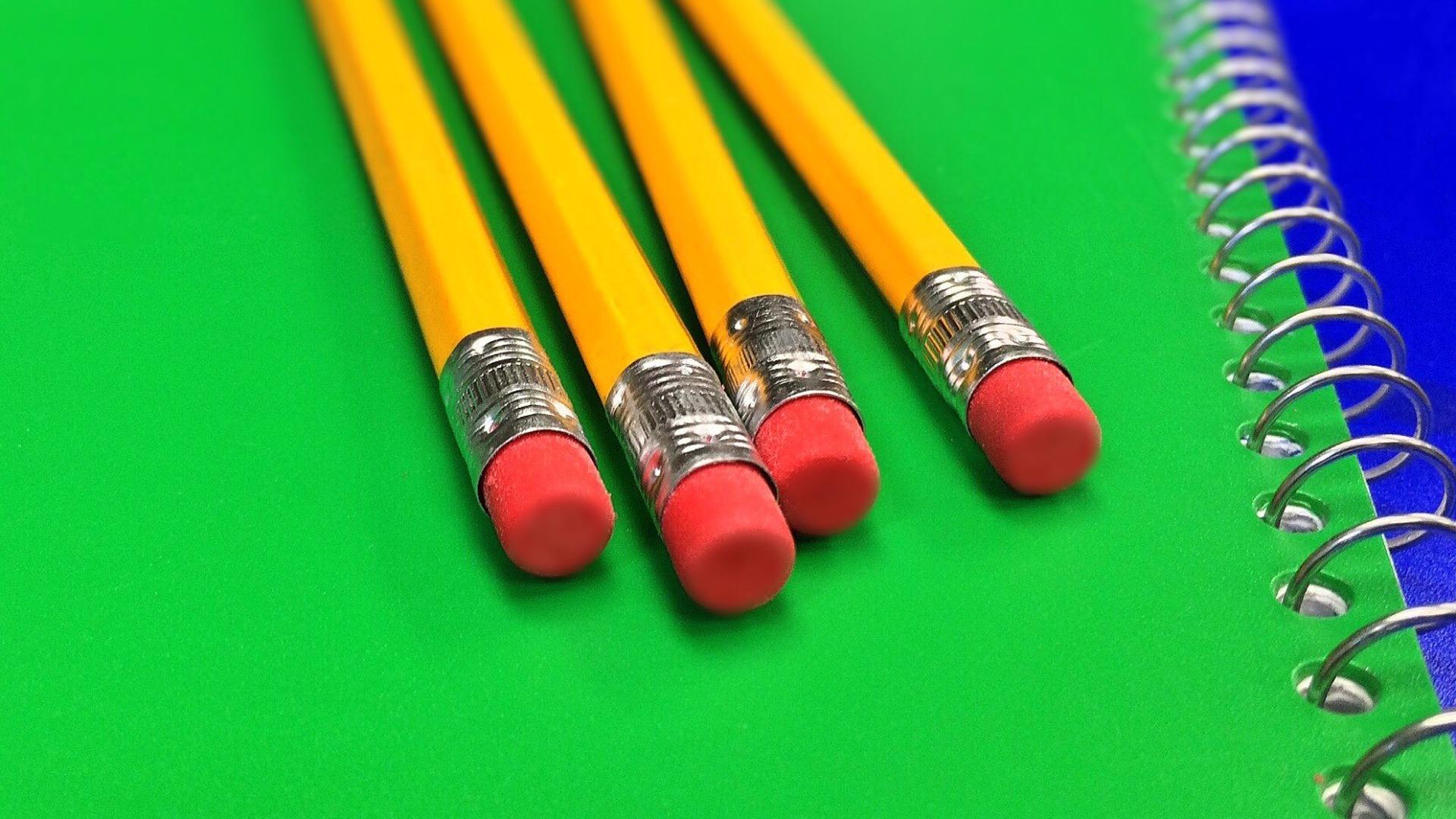 pencil-878696_1920.jpg