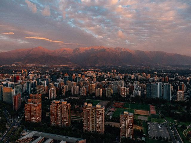The Andes, setting a hell of a backdrop to Santiago. Can't wait to get up there on two wheels for Andes Pacifico next week. #chile #santiago #andespacifico