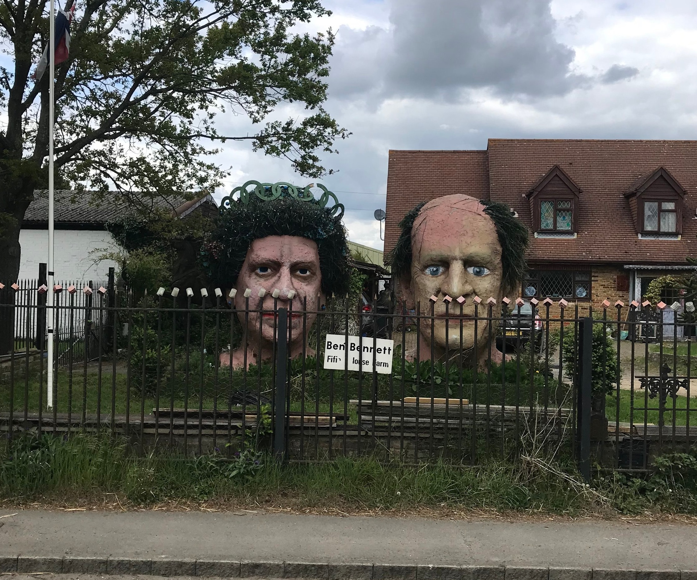 Would definitely not have seen this on the train! The royal garden at Fifield with the Queen and Duke of Edinburgh's heads sculptured in giant size!