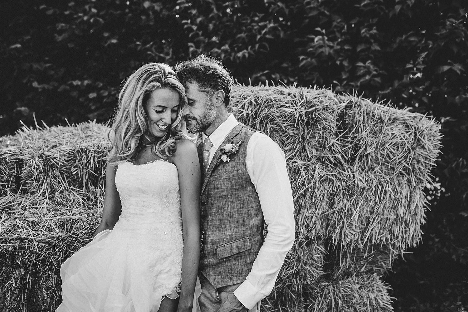buckettsland-farm-wedding-photographer-st-albans-wedding-hemel-wedding-photgraphy.jpg