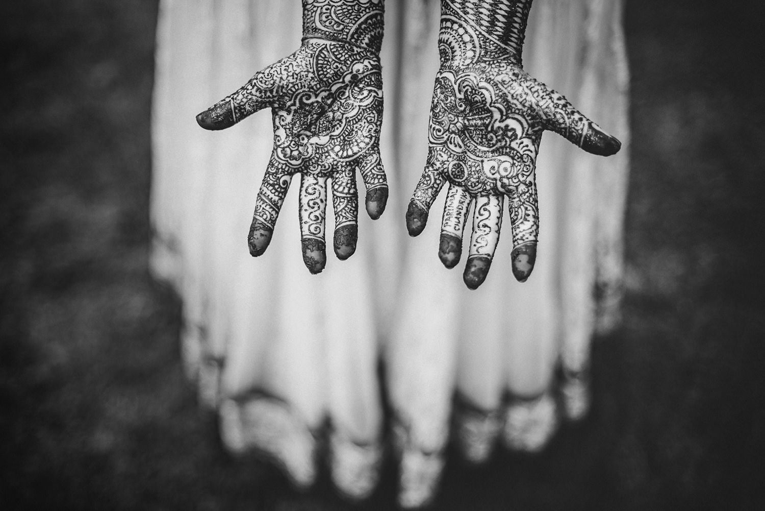 indian_asian_wedding_photographer_henna_party_hindu.jpg