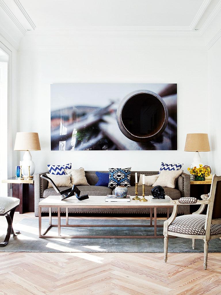 Apartment by Miguel García de Valcárcel