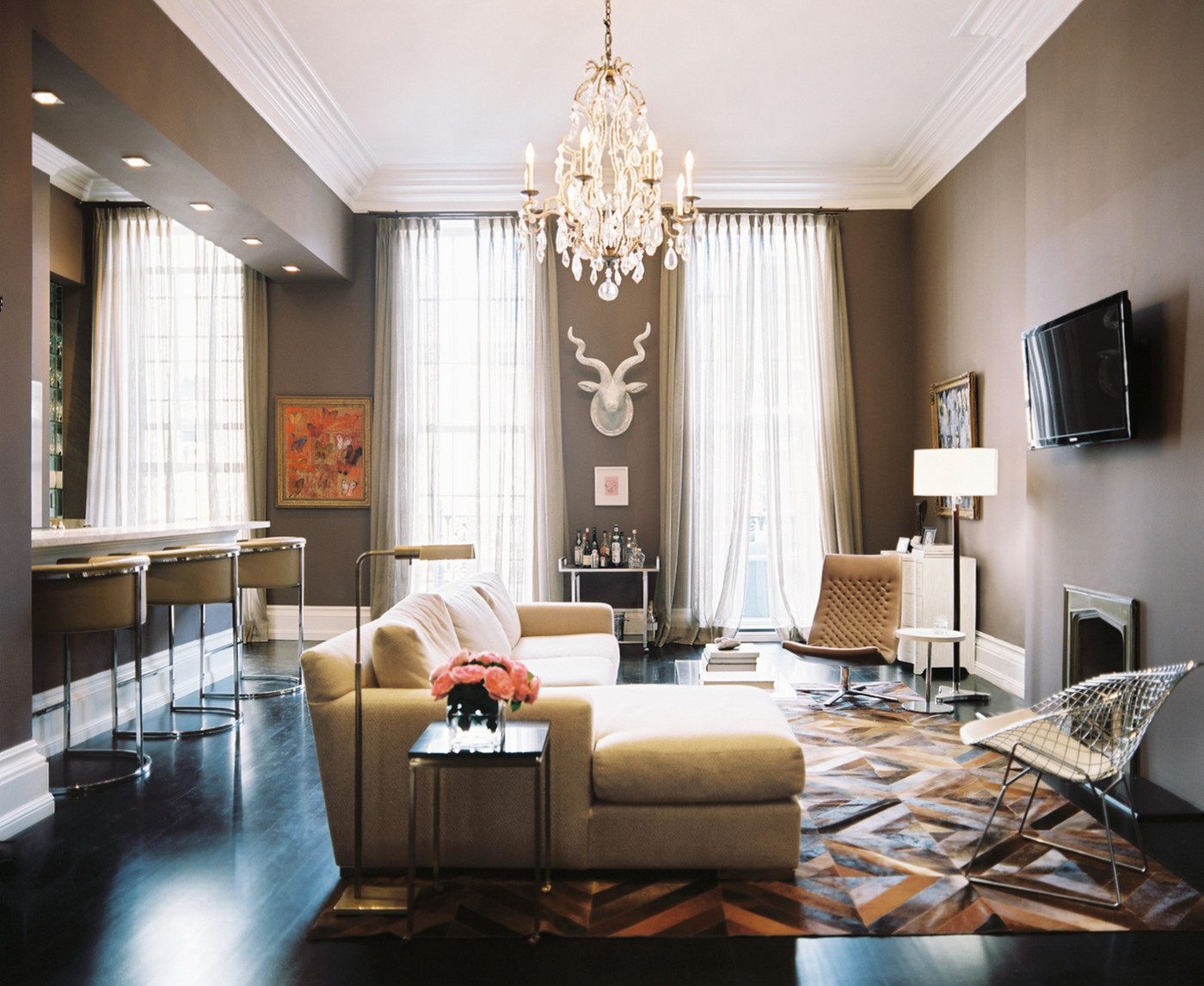 Martine-Chaisson-Apartment-01.jpg