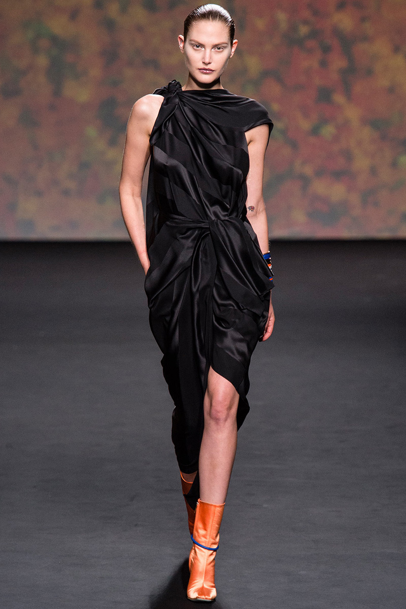 Christian Dior Fall 2013 Haute Couture