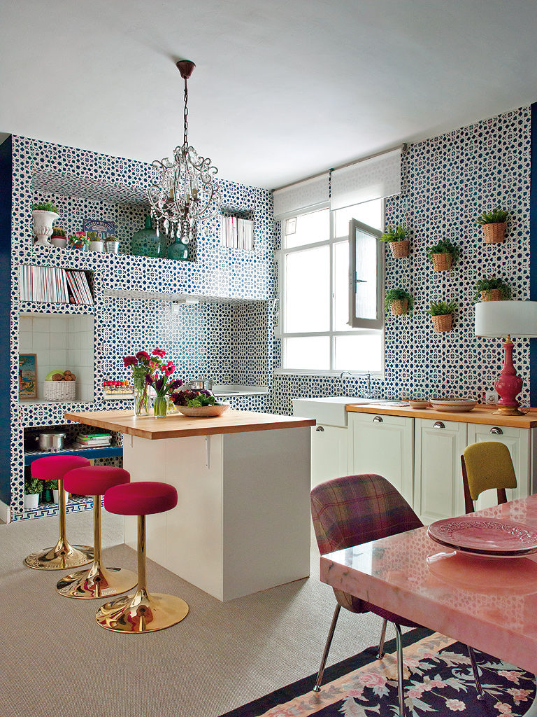 Madrid Apartment by Living Pink