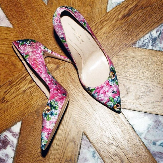Mary Katrantzou x Gianvito Rossi pink satin pumps