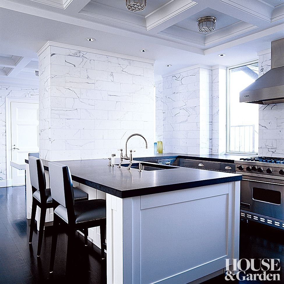 Manhattan Apartment by Haynes-Roberts