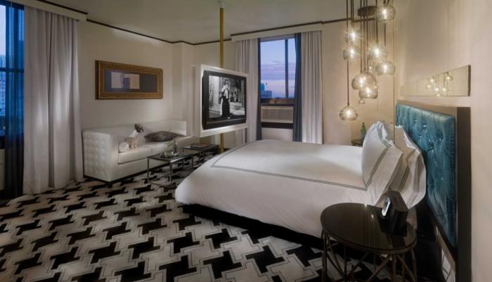 Hotel Frank by Schoos Design