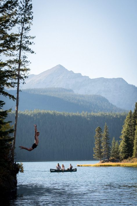 ElectrifyCellphones Off, Senses On: How to Recharge in the Canadian Rockies -