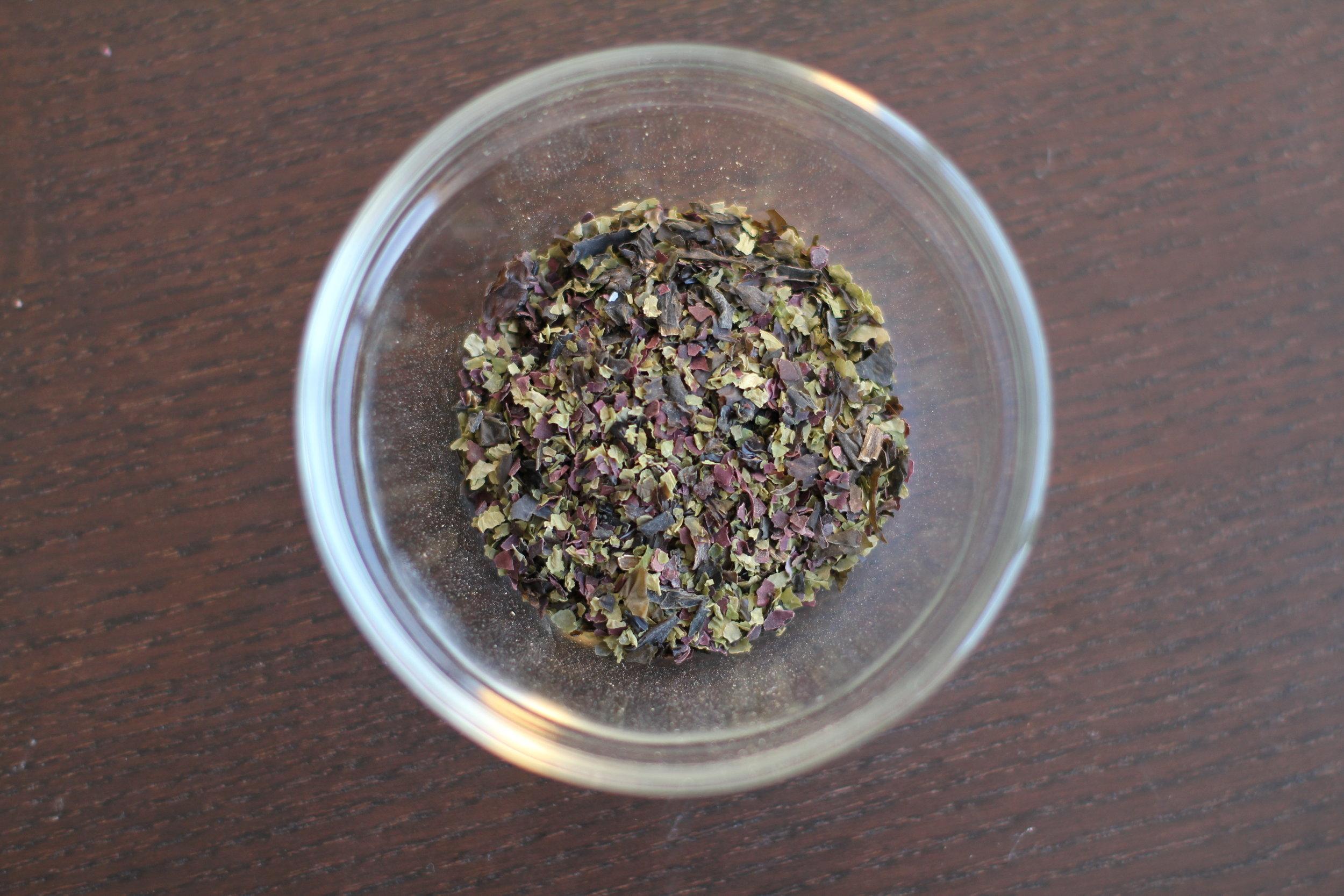 diy mineral rich herbal salt botanical medicine herbal edmonton naturopath dr briana lutz