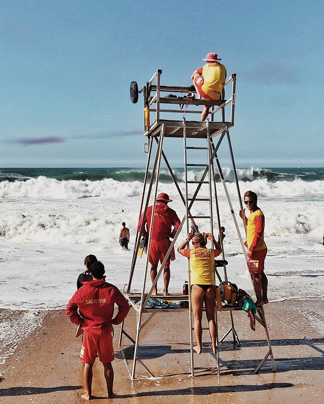 Biarritz, safety first
