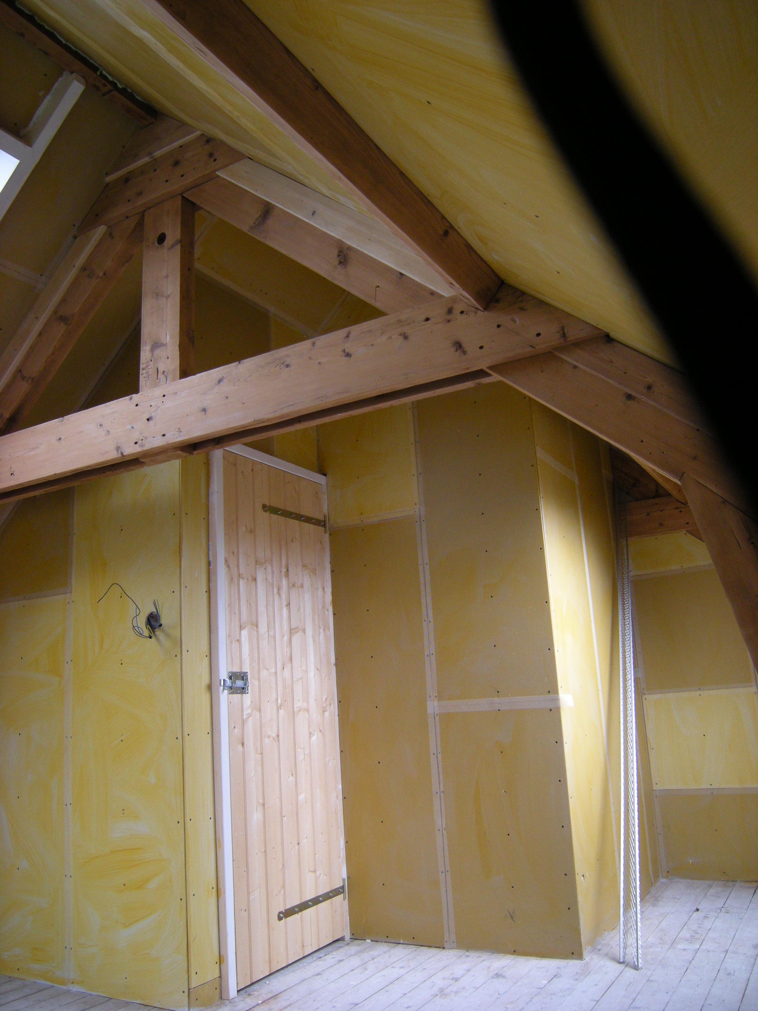 Zolderverdieping tussentijds de renovatie