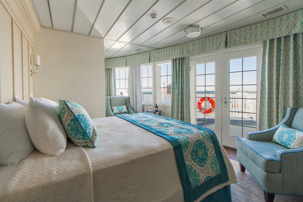 Pro Room Photo - Cruise Ship 1