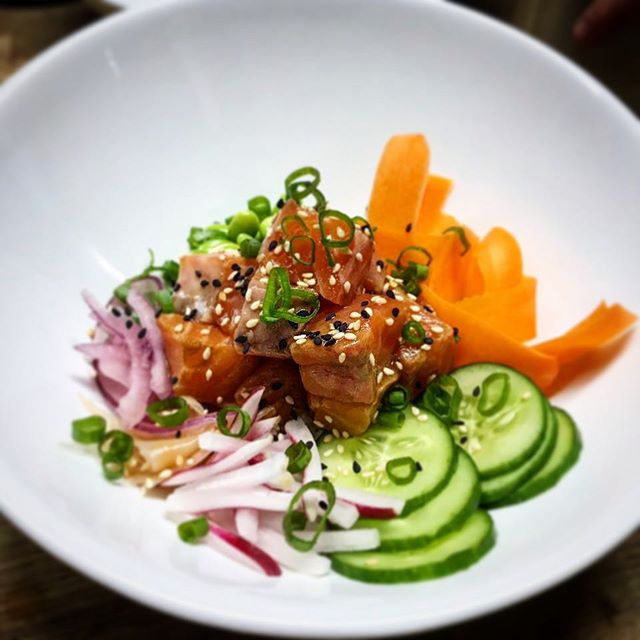 Poké Bowls are taking the world by storm, so we thought we would try our hand at this Hawaiian Classic! This is our Soy & Grapefruit Salmon Poké Bowl!! #bornskitchen#cookingclass#cookingindubai#cookingclassesindubai#cooking#foodindubai#dubaifoodies#foodnetwork#dubaifoodscene#dubaifoodies#tacos#tequila#mexican#poké#pisco#hawaiian#food#cookingschool#salmon#soy#grapefruit#raddish#cucumber#pickledonions#edamame#sesame#fresh#pokébowl