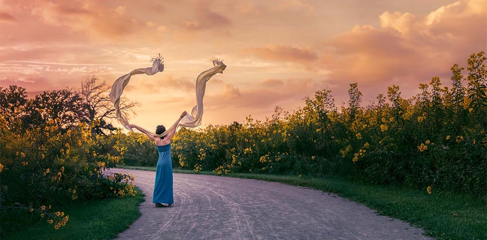 Renata Ramsini Portrait -Yellow FB.jpg