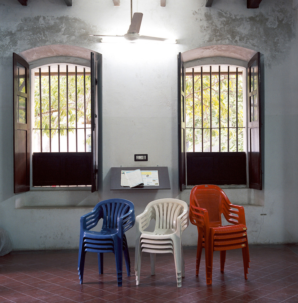 chaises031expo.jpg