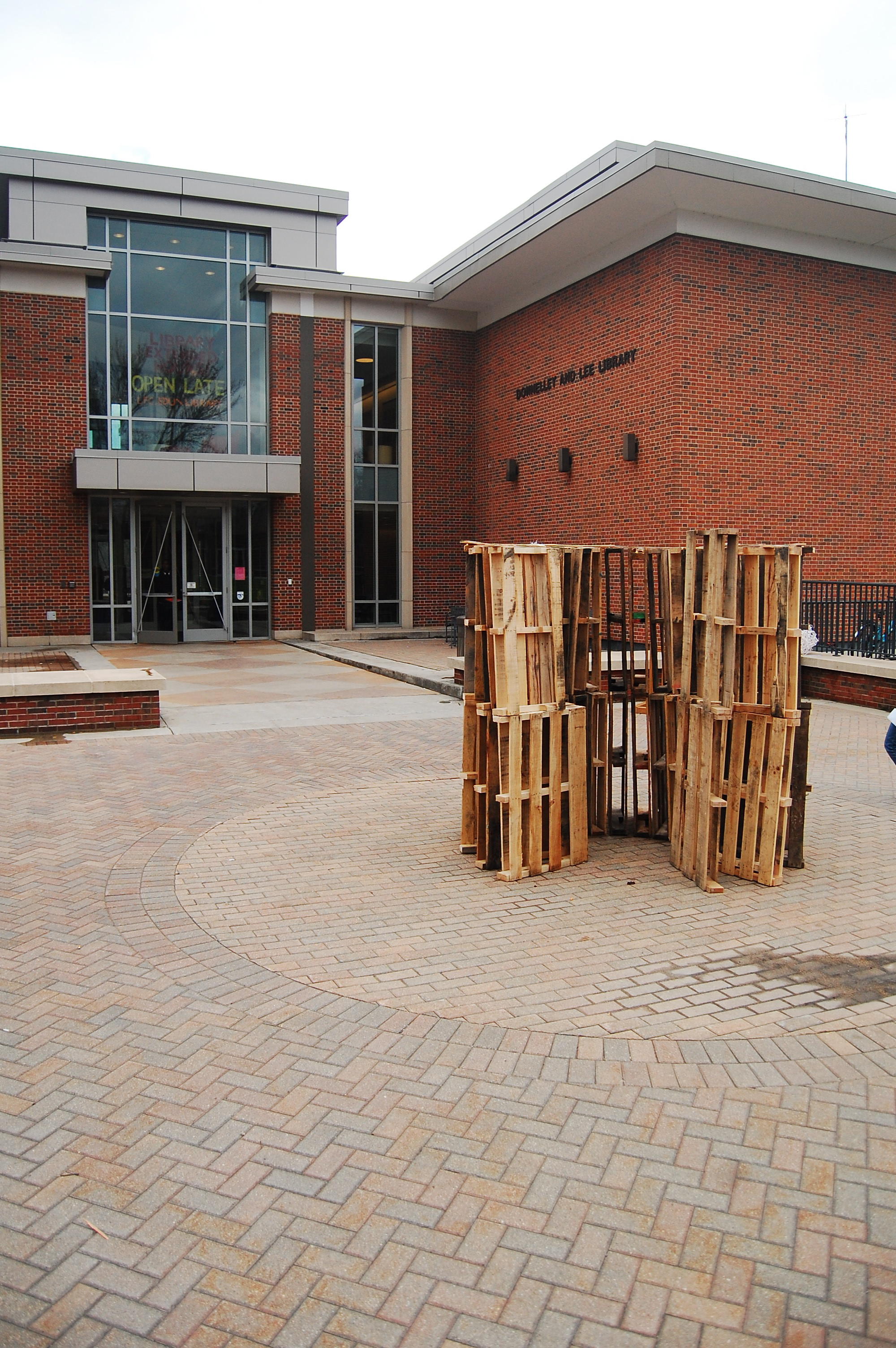 Perception  (2011)  Wood Palette Structure 8.5 ft x 10.5 ft