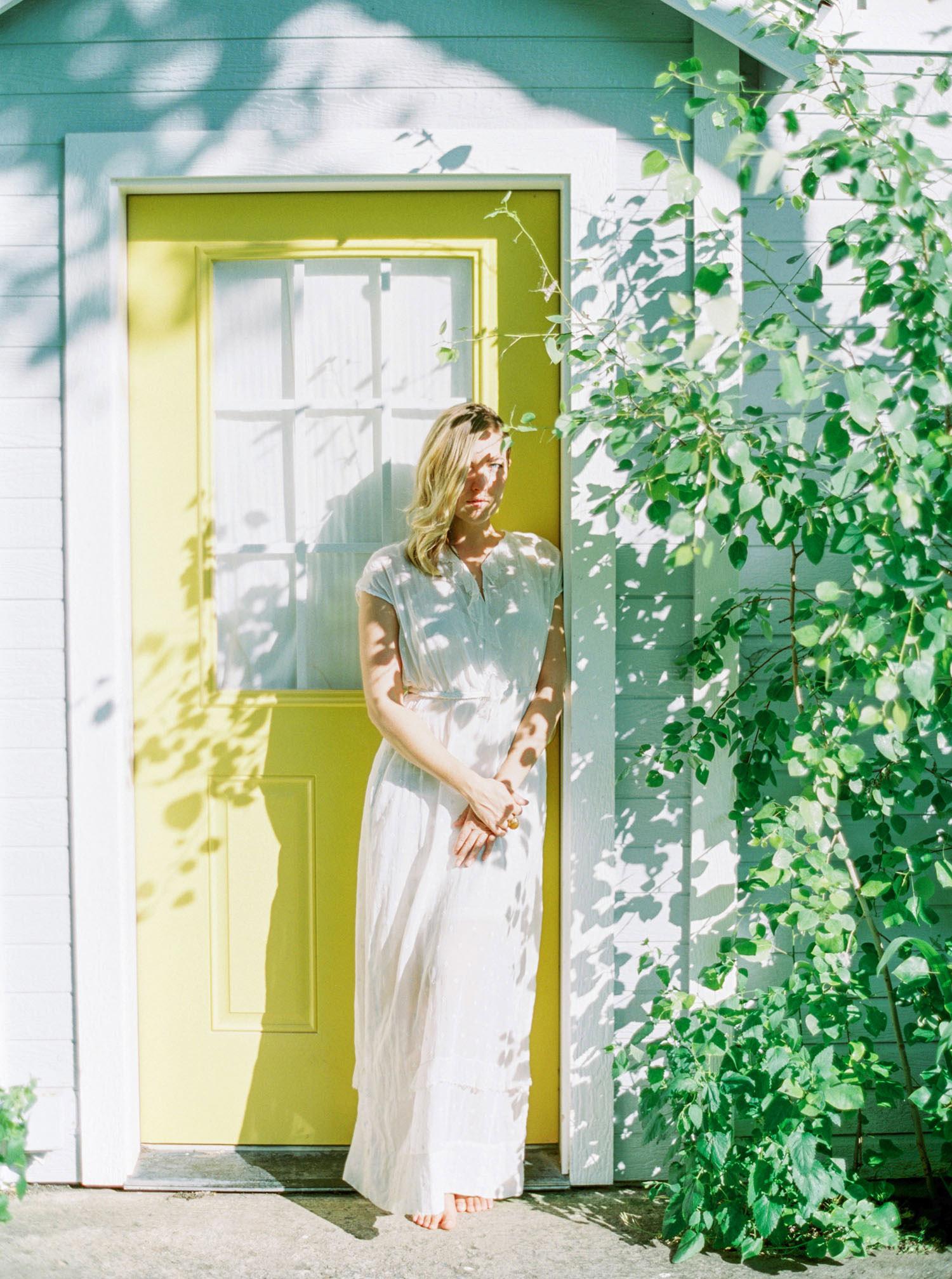 BetsyBlue_portraits112.jpg