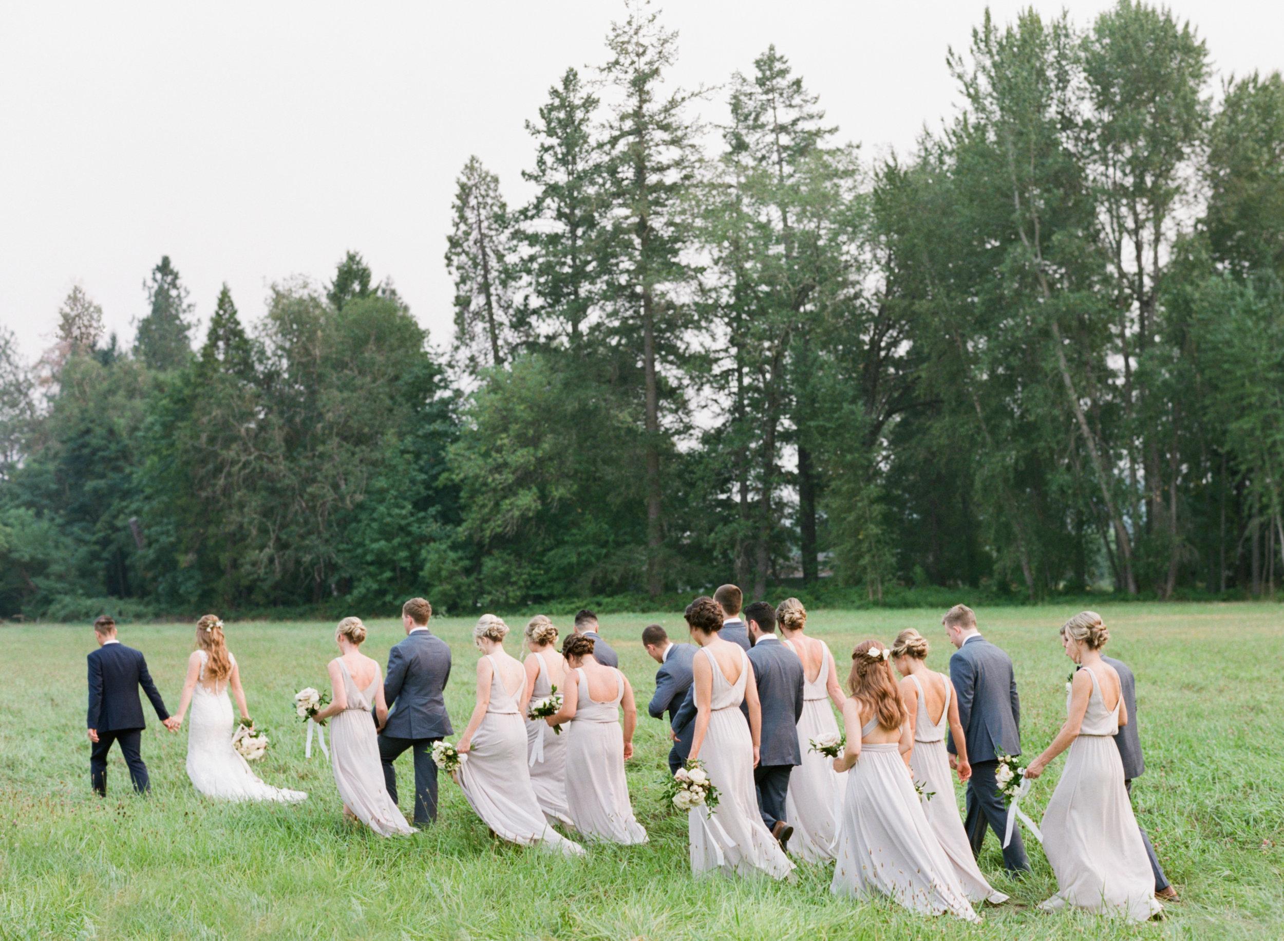 neutral_oregon_river_wedding