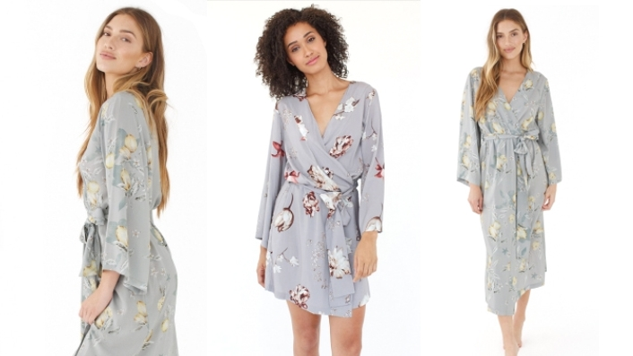I feel like Plum Pretty Sugar robes are almost a staple now for bridesmaids gifts...but what's so wonderful is that they keep adding new luxurious prints and fabrics that have me coming back for more! What maid wouldn't love to take one of these home?