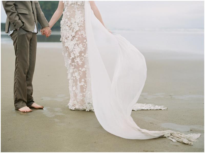 Beach_sand_wedding_dress.jpg