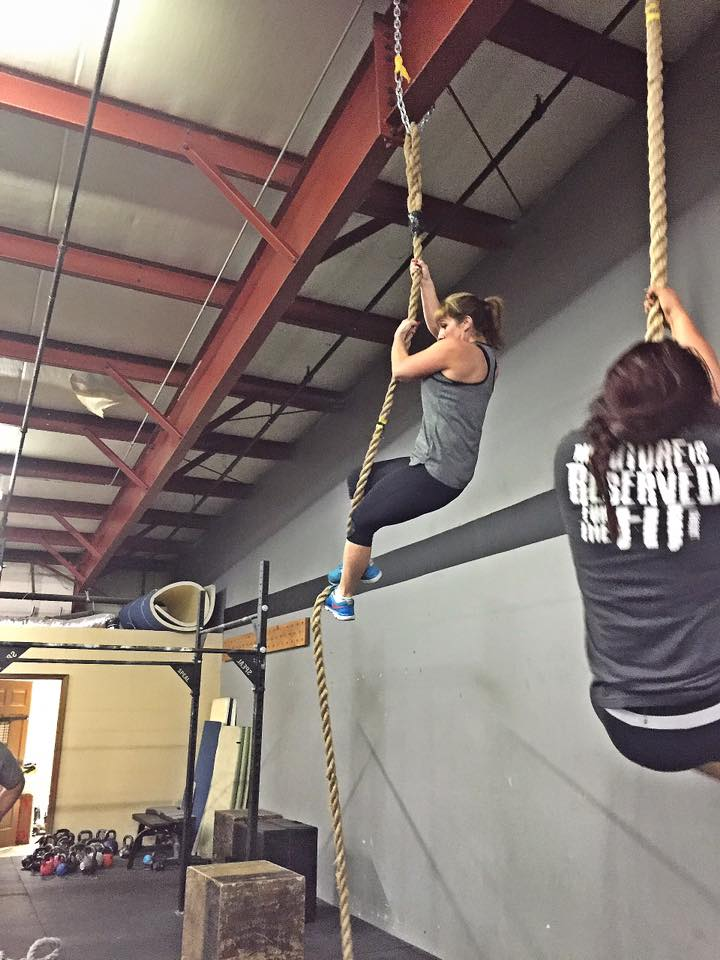New member Stacy P. getting after it on the ropes with Rhi!