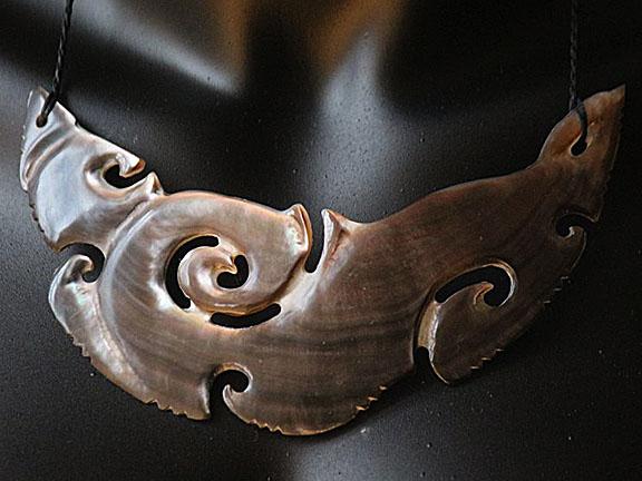 33. Rei moana (ocean) silver lipped pearl shell  $400.00
