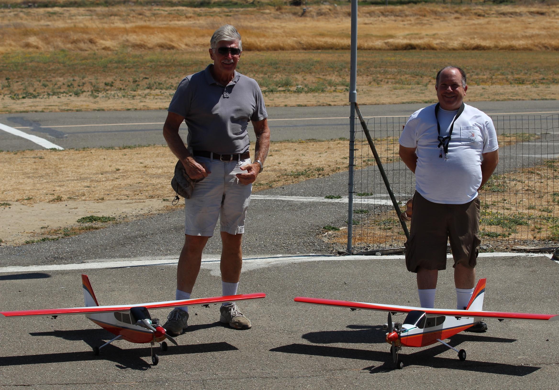 Bob Hurley and Oren Redsun with the Club   Avistar Elite .46 Trainers.