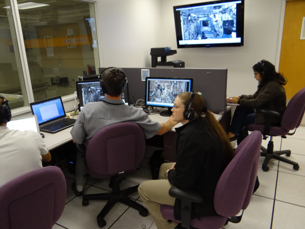 Observing Ames/ISS Spheres communication - 2012