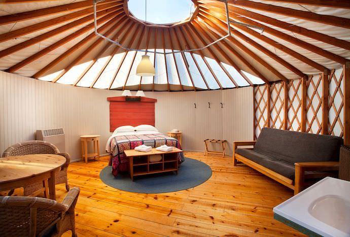 yurt-interior.jpg