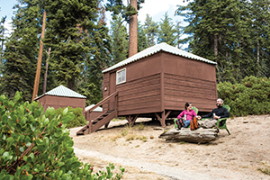 KC-Grant_Grove-Tent_Cabin_Exterior-Couple300x200.jpg