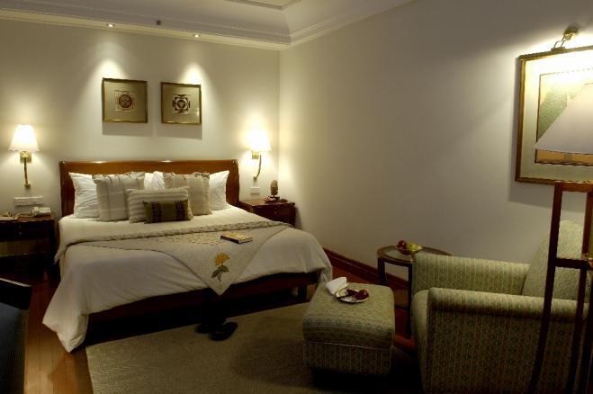 659x438_1413288505AIH - Palace view room (1024x680).jpg