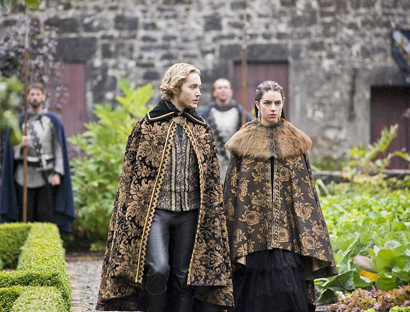 Reign-season-2-episode-2-4.jpg