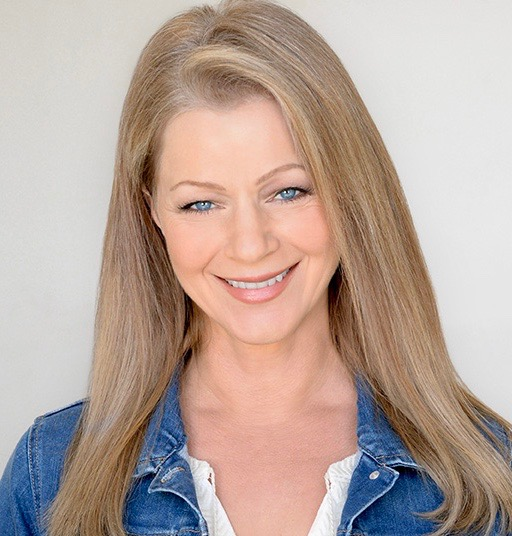 Shelley Pearce0255 72dpi.jpeg