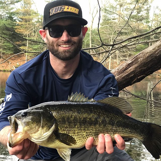 1st 4.00 lber for the young J Field grasshopper! A true northeast CHUNK!!! Prespawn action is HAWT!!! @massbassboys  #largemouthfishing #largemouthbass #bassfishing #largemouth #largemouthbassfishing #largemouthbassin #fishingvideo #fishingvideos #centralma #catchandrelease #massachusetts #newhampshire #newengland #ny #swampdonkey #pigpatrol #bassachusetts #bassdynasty #bassthumb