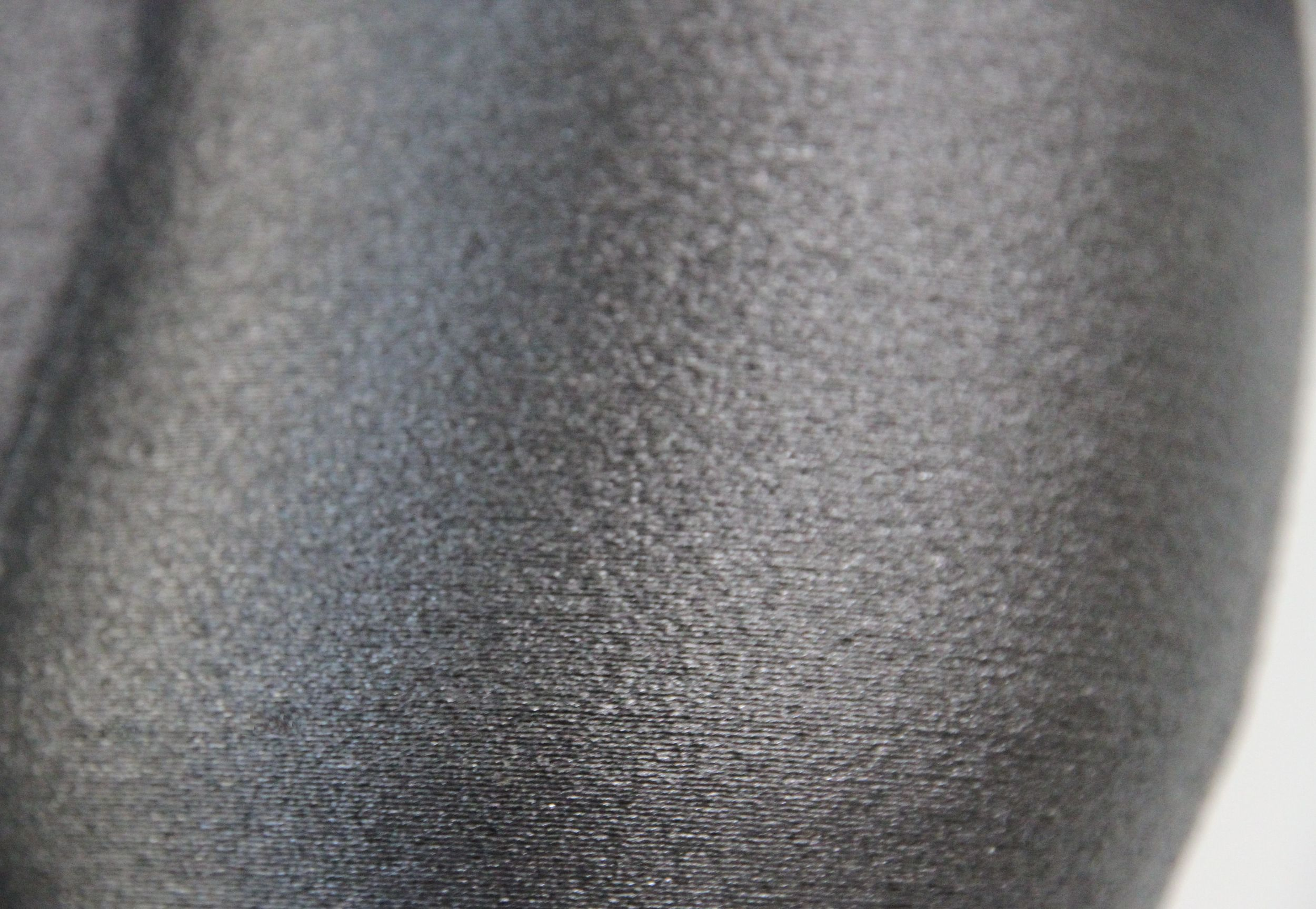 Carbon fiber closeup.jpg