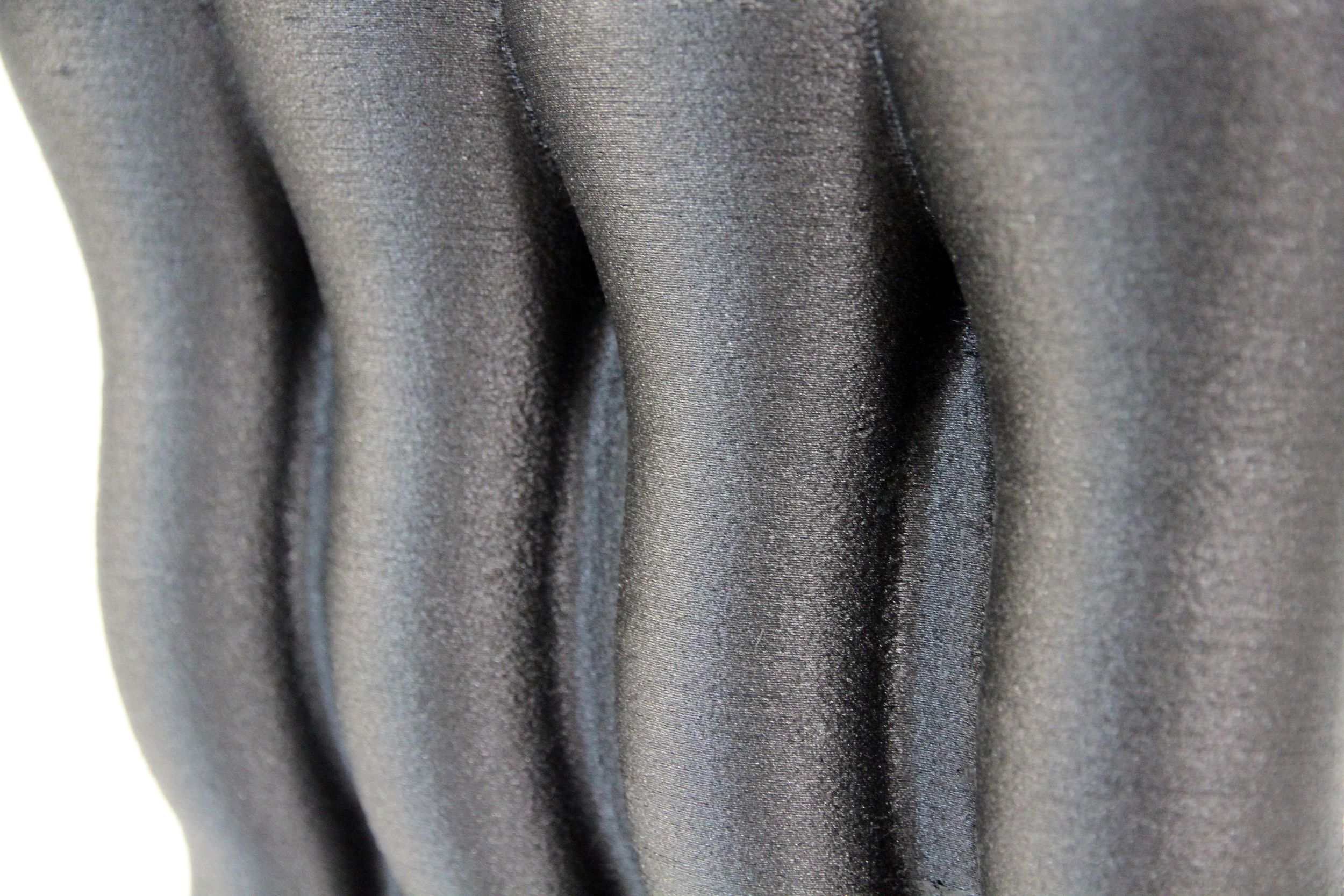 Carbon fiber closeup 2.jpg