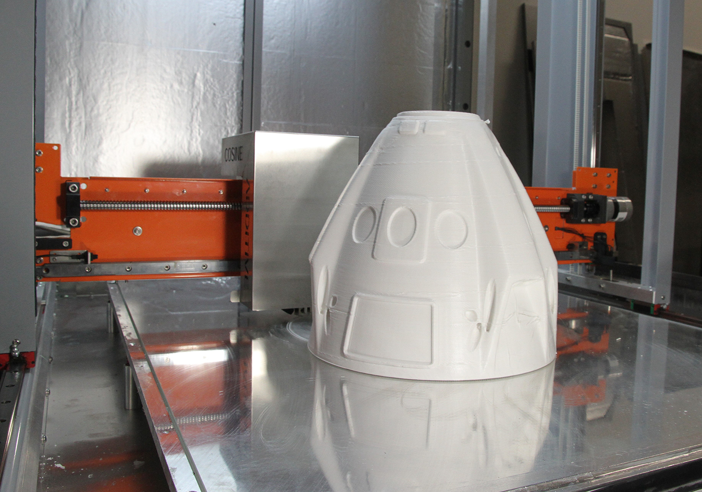 SpaceX Dragon Maqueta $250