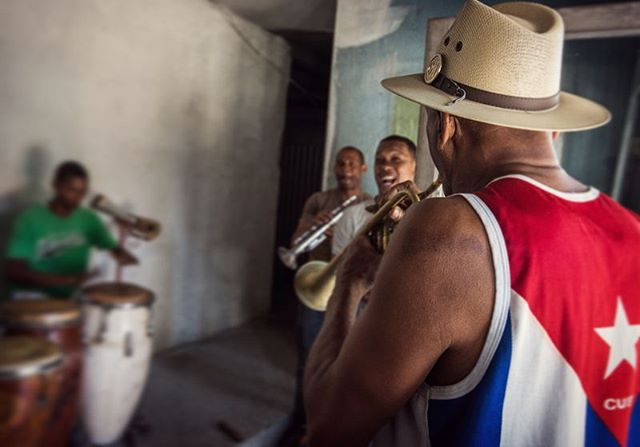 Cuba loves and just lives music. Daily, everywhere, anywhere,... This was a small group of friends practising in the foyer of an abandoned former theater. To experience the joy and energy of these Cuban musicians  is simply amazing.