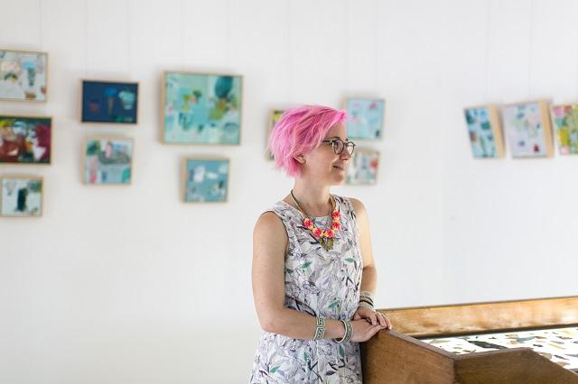 EmilyBesser-ExhibitionPics_profile.jpg