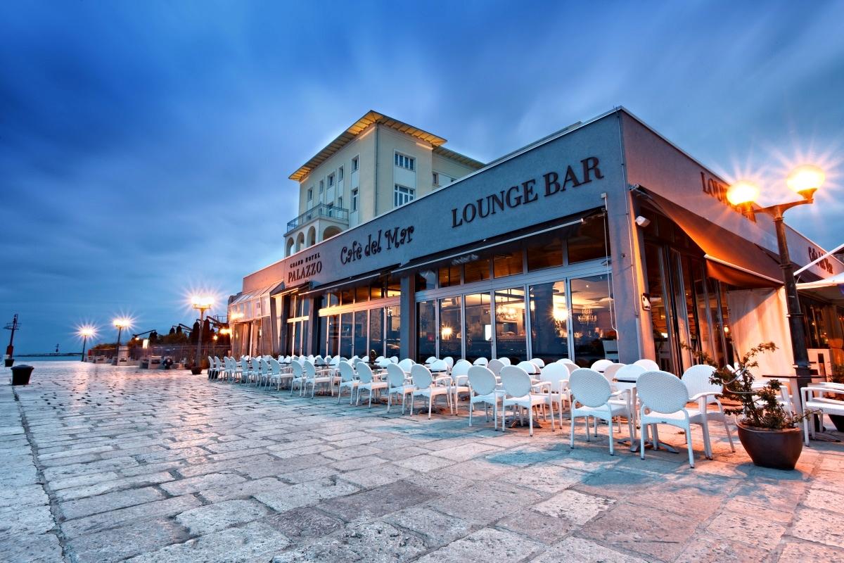 Cafe del Mar, Ibiza