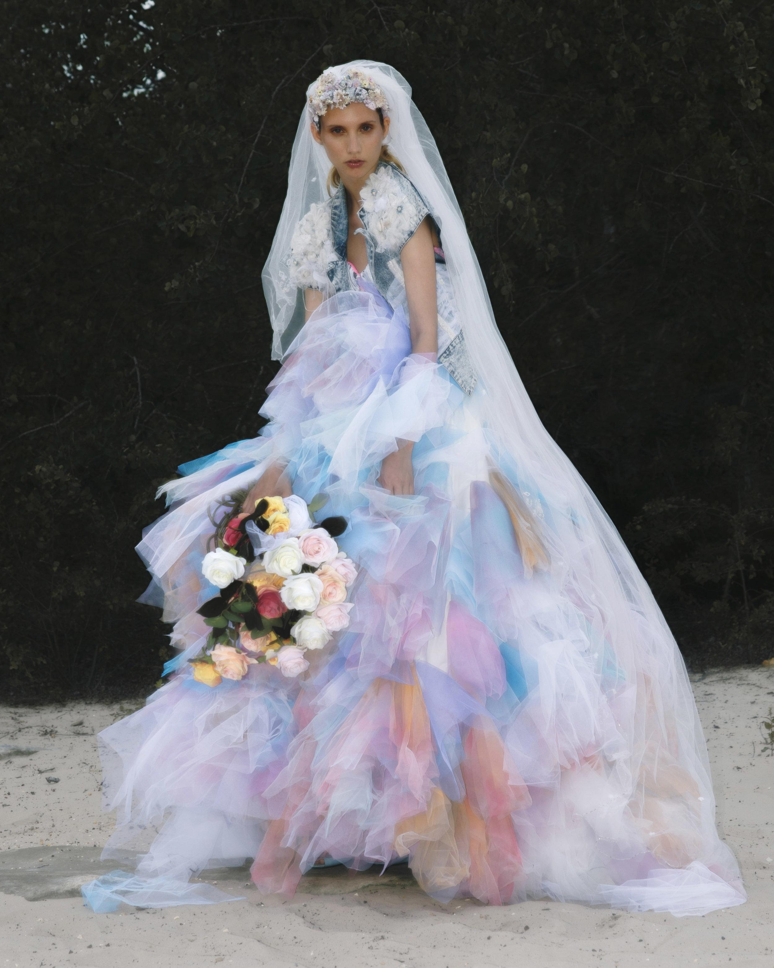 Barbie - La poupée légendaire habillée par MiniMe