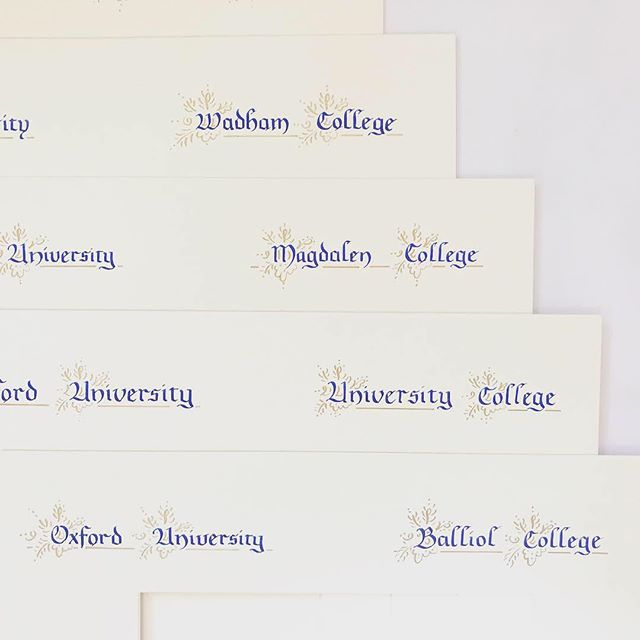 I haven't written in this kind of style for about 12 years but I had so much fun writing on these University graduation mounts and adding some gold embellishing. . . . . . . . . . . #calligraphy # #lettering #calligraphy-art #ukcalligrapher #ukcalligraphers #traditionalcalligraphy #classiccalligraphy #traditionalcalligrapher #frakturcalligraphy #fraktur #handembellished