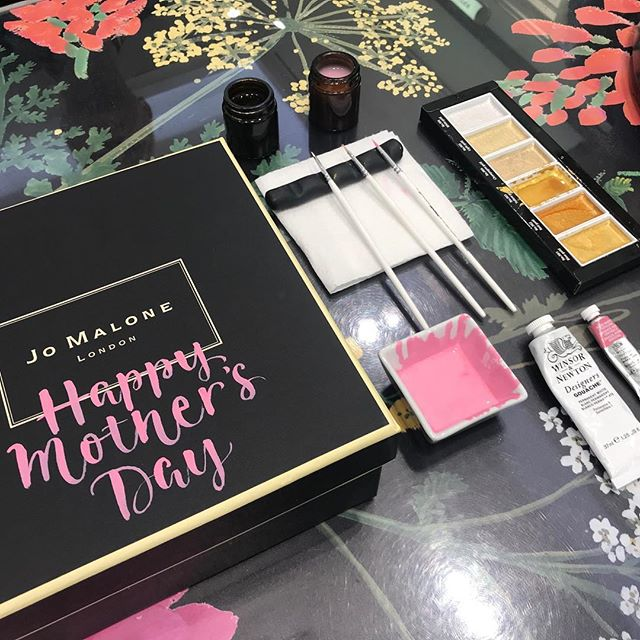Such a pleasure to be back working for @jomalonelondon with @kirstenburkedesigns personalising gift boxes for Mother's Day. Thanks so much to the lovely team at T3 who always make me feel so welcome. I'll be at T5 today so come and see me and get something lovely for your Mum!