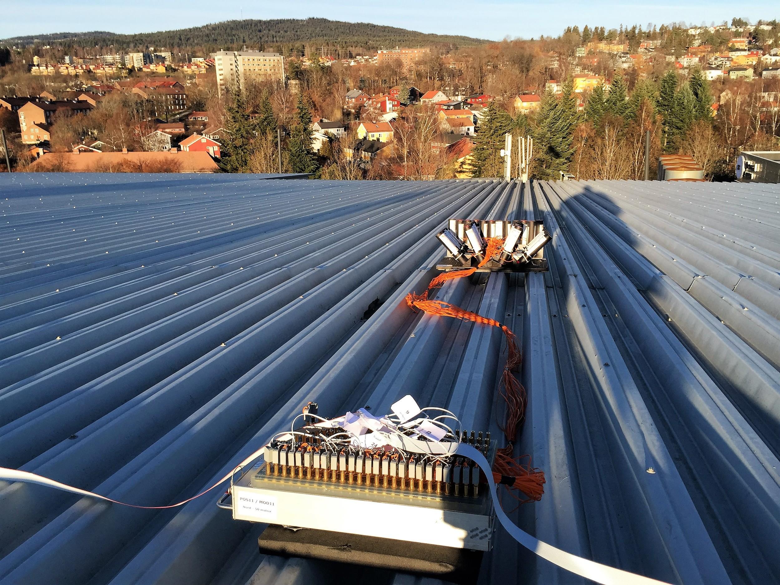 Rigging på taket av Ullevaal Stadion