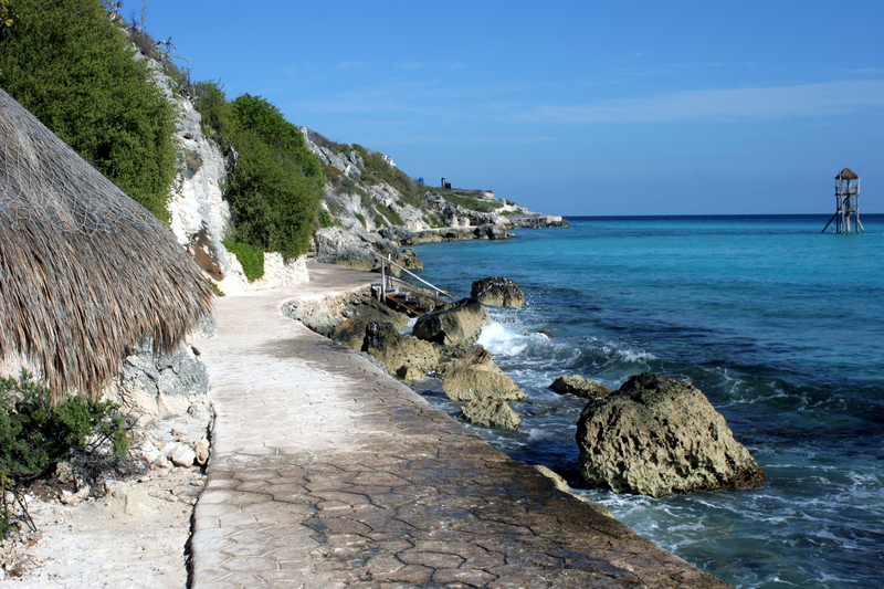 "Explore Isla Mujeres' beautiful perimeter on foot. Interior ""paths"" will bring you to the vibrant villages. Image:  ©Jmike⎮Dreamstime.com"